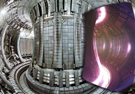© EFDA-JET Split image showing an interior view of the JET vacuum vessel, with a superimposed image of an actual JET plasma taken with a visible light camera. Only the cold edges of the plasma can be seen, since the centre is so hot that it radiates only in the ultra-violet part of the spectrum.