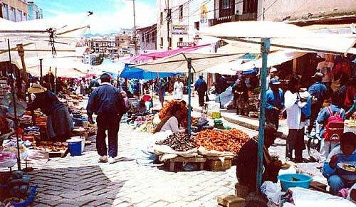 Photograph of a market in Bolivia.