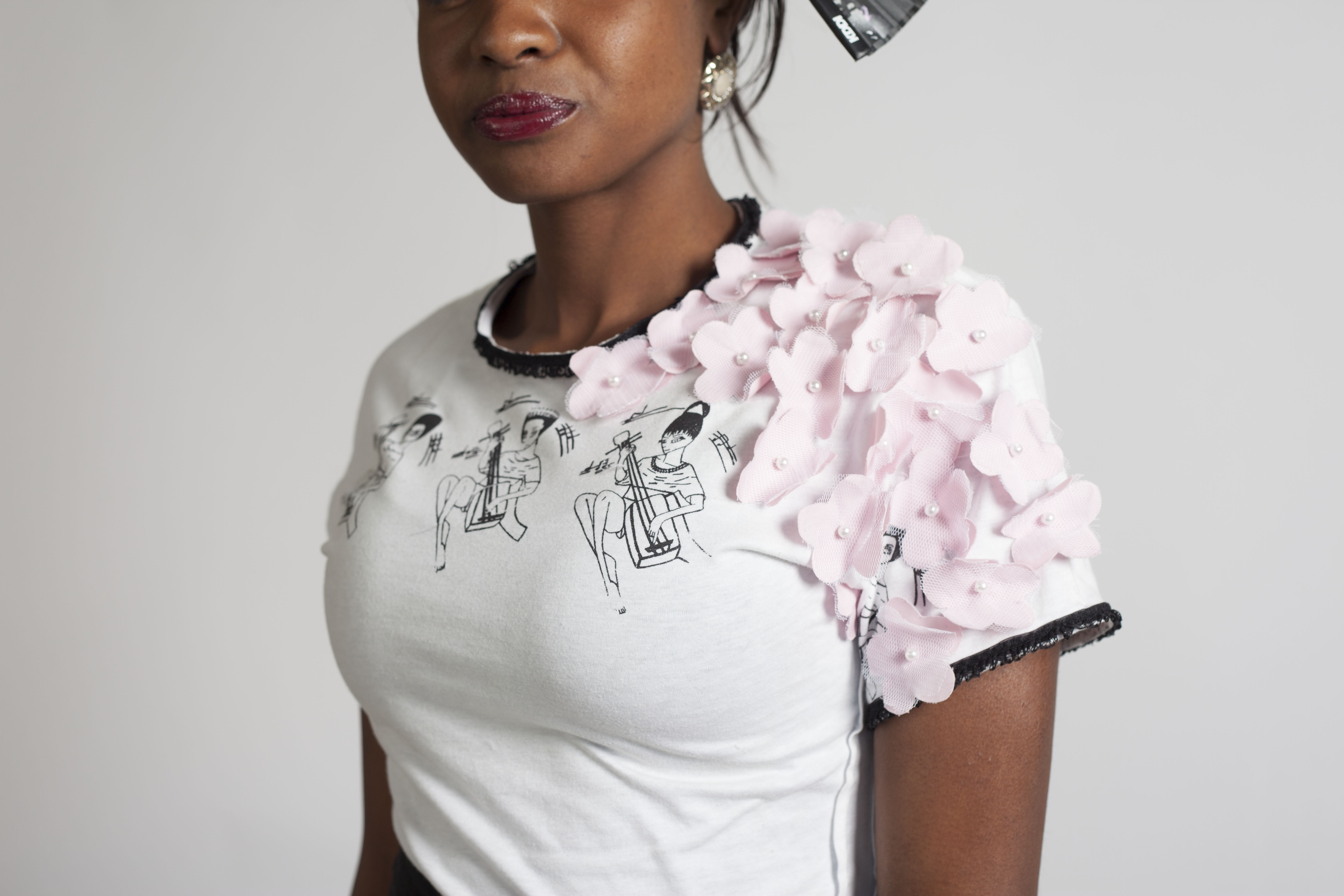 Design, Create and Embellish Your Own T-Shirt Fashion Design Project